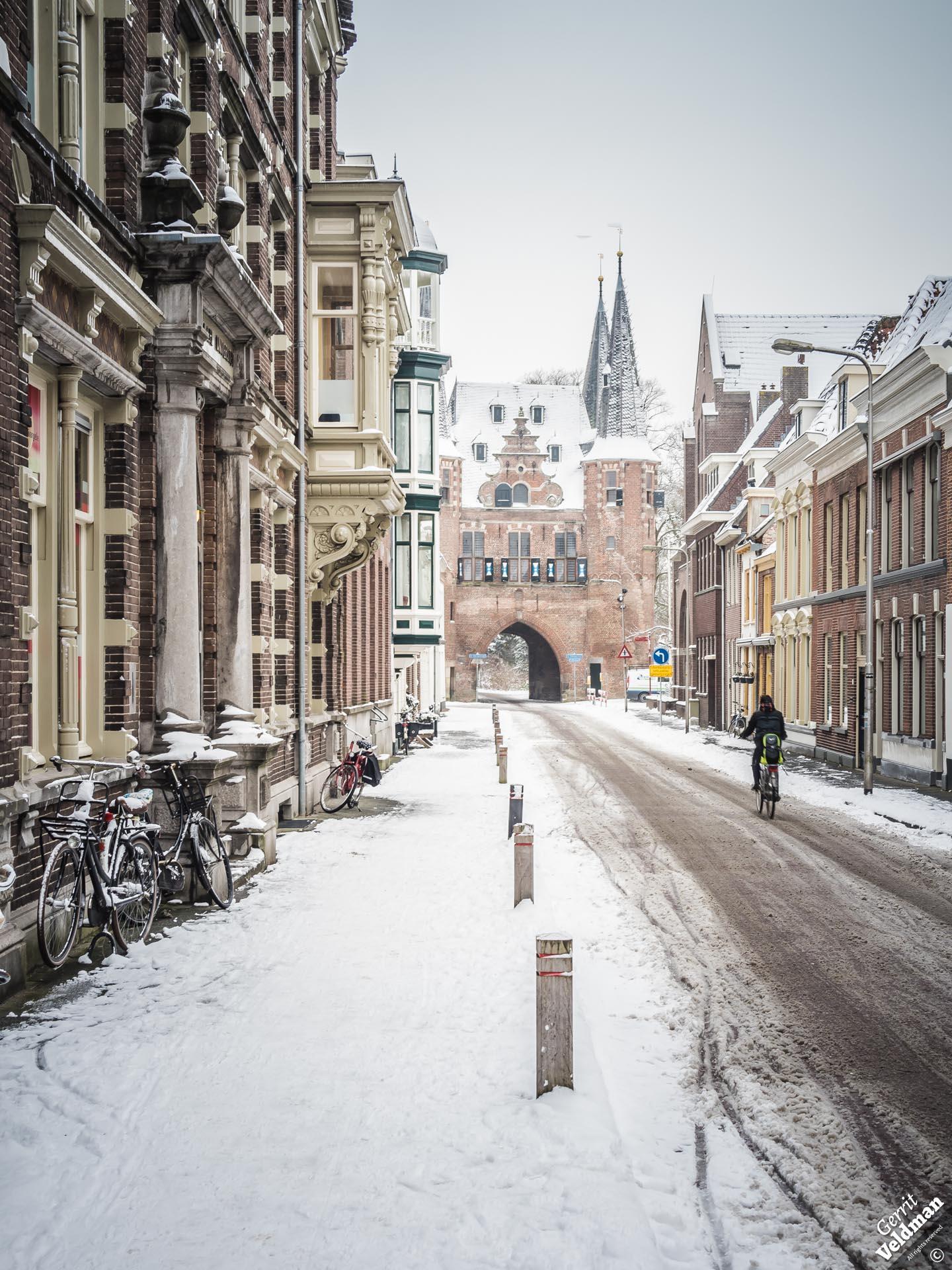 Sneeuw in de Broederweg.